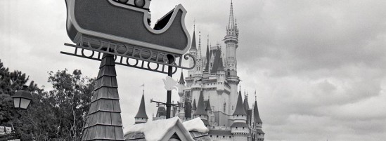 Disney World's 1976 Christmas Parade-A Look Back