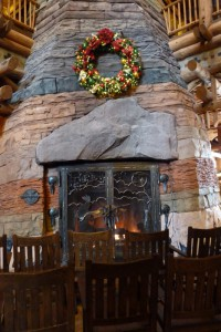 Disney's Wilderness Lodge, small Christmas tree 2015
