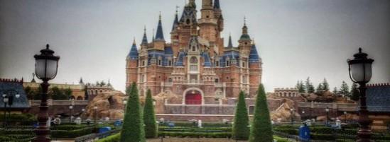 Shanghai Disneyland's Enchanted Storybook Castle is Enchanting!