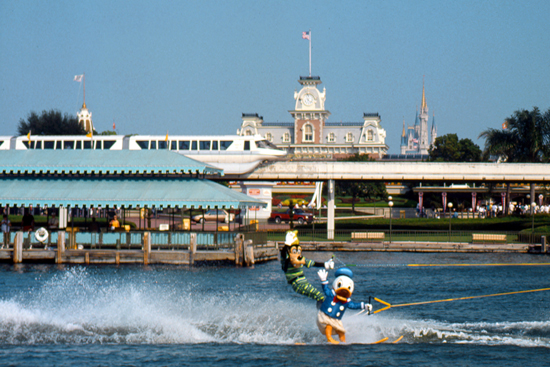 water skiing Disney characters Goofy and Donald at Walt Disney World